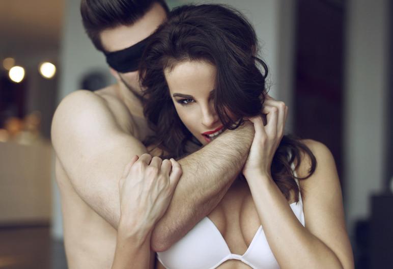 Jugar con tu chica es clave para llevarla al orgasmo (IStock)