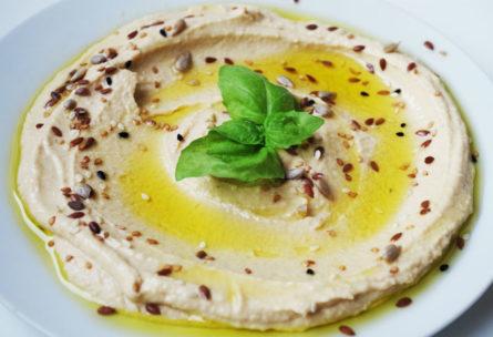 El hummus ofrece un aporte nutrcional muy completo (Pixabay)