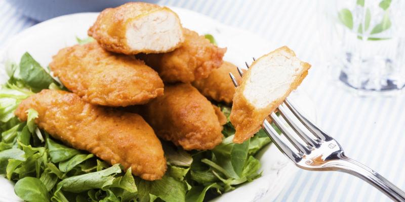 Palitos de pollo (iStock)