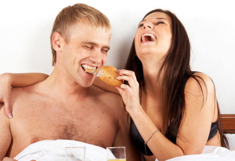 El sexo quema mucha energía y hay alientos que ayudan a recuperarse (iStock)