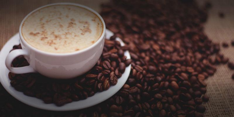 Dos o tres tazas de café potencian mejores erecciones (Pixabay)