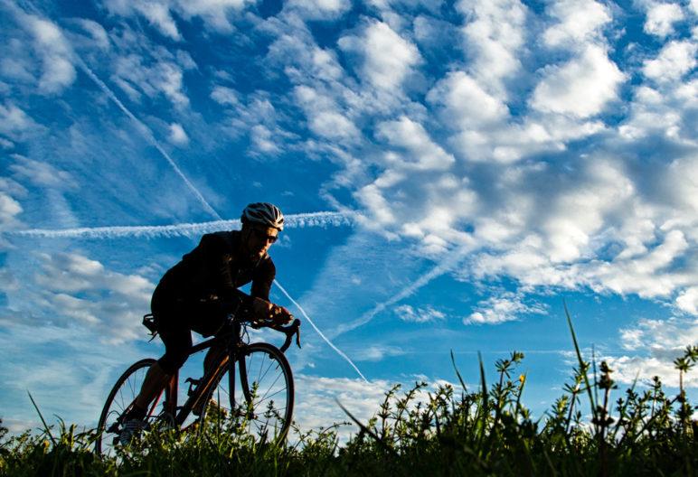 Cada vez más deportistas populares deciden dar el salto al triatlón (iStock)