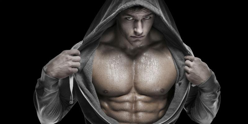 La dieta del héroe consiste en aumentar rápidamente de peso y masa muscular (iStock)
