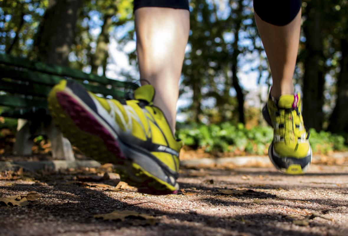 Correr taloneando (iStock)