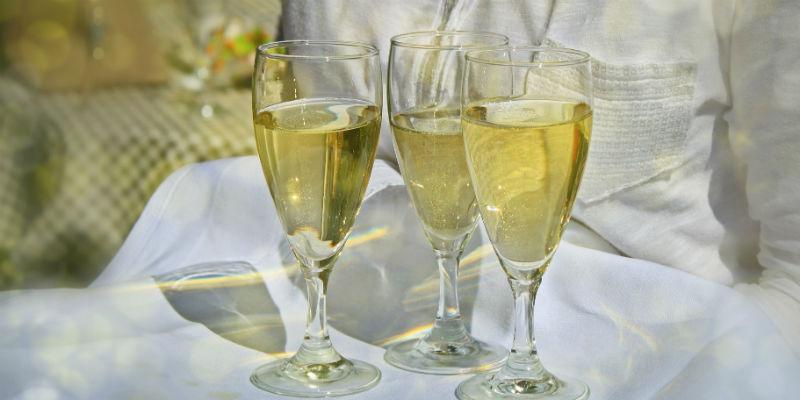 El alcohol puede provocar grandes daños en el organismo por la acumulación de toxinas (Pixabay)
