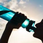 ¿Hay que beber agua antes de correr?