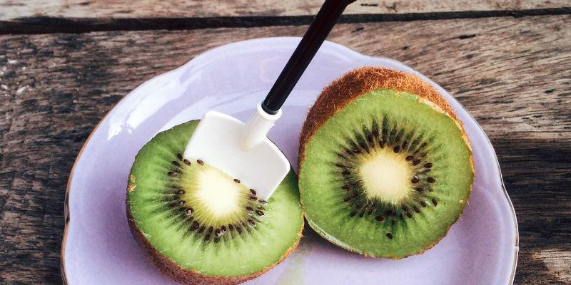La vitamina C favorece la regeneración del colágeno de los tejidos periodontales (Pixabay)