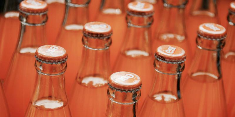 Los refrescos tienen gran cantidad de burbujas (Pixabay)