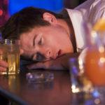 Qué comer antes de beber alcohol