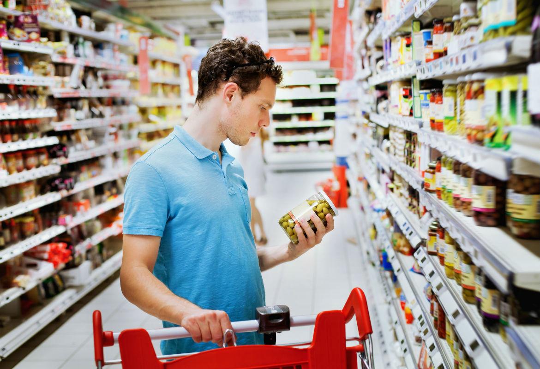 ¿Sabemos realmente cómo llenar el carrito de la compra de la forma más saludable? (iStock)
