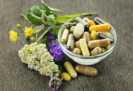 Hay ciertos suplementos naturales que favorecen la salud masculina para ayudar a equilibrar algunas deficiencias nutricionales. (iStock)