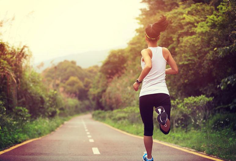Según la fase de ciclo menstrual deben programarse unos entrenamientos u otros. (iStock).
