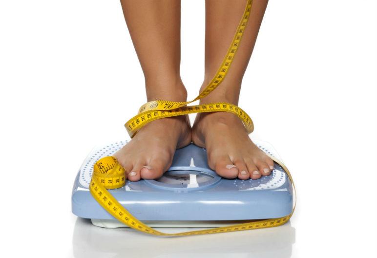 La báscula, el mayor enemigo cuando estás a dieta (iStock)