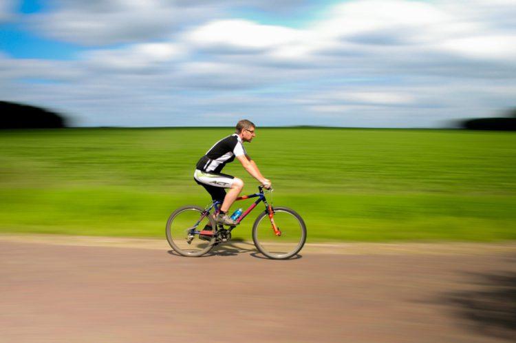 Haz deporte rodeado de naturaleza (pixabay)