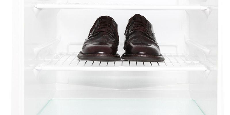 Saca las pechugas que hay que meter los zapatos (iStock)