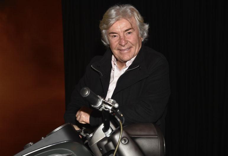 """El ex piloto Ángel Nieto durante la presentación del acto """"la moto de Logan: tributo a Lobezno"""" en Madrid"""