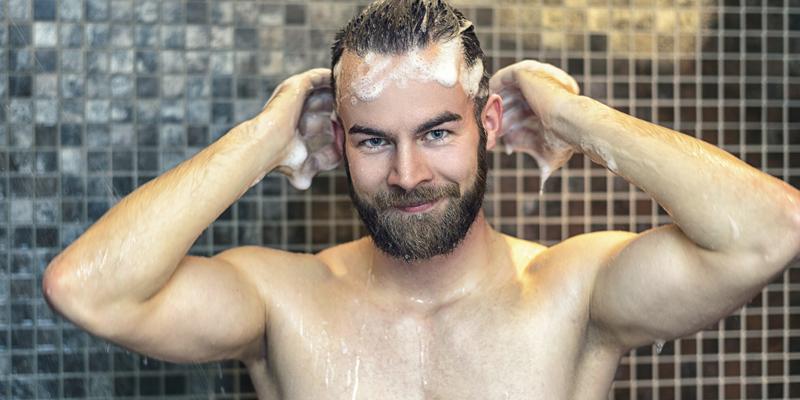 Debemos de tener cuidado con los productos para cabello y su frecuencia (iStock)