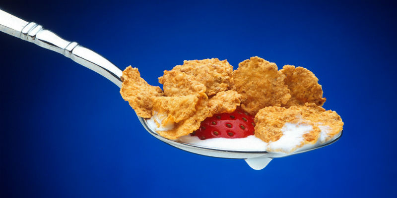 No pasa nada por tomar carbohidratos de noche aunque es preferible en el desayuno (Pixabay)