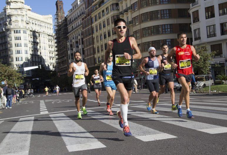 Merece la pena corredor un maratón como el de Valencia. (iStock)