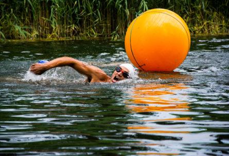 El triatleta debe prepararse para realizar tres deportes en cada carrera (iStock)