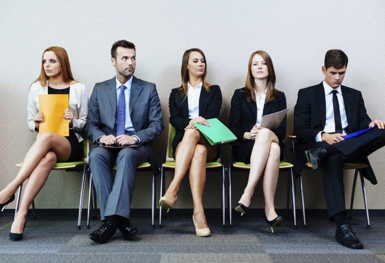 Los nervios nos pueden jugar una mala pasada para triunfar en una entrevista de trabajo (IStock)