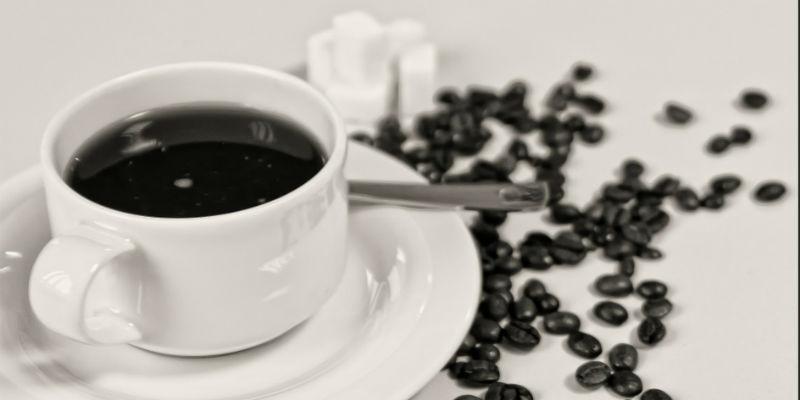 La cafeína produce la deshidratación de la piel y su consiguiente envejecimiento (Pixabay)