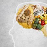Los alimentos que más dañan al cerebro