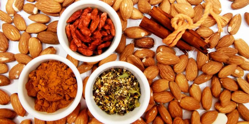 Los frutos secos contienen Magnesio (Pixabay)