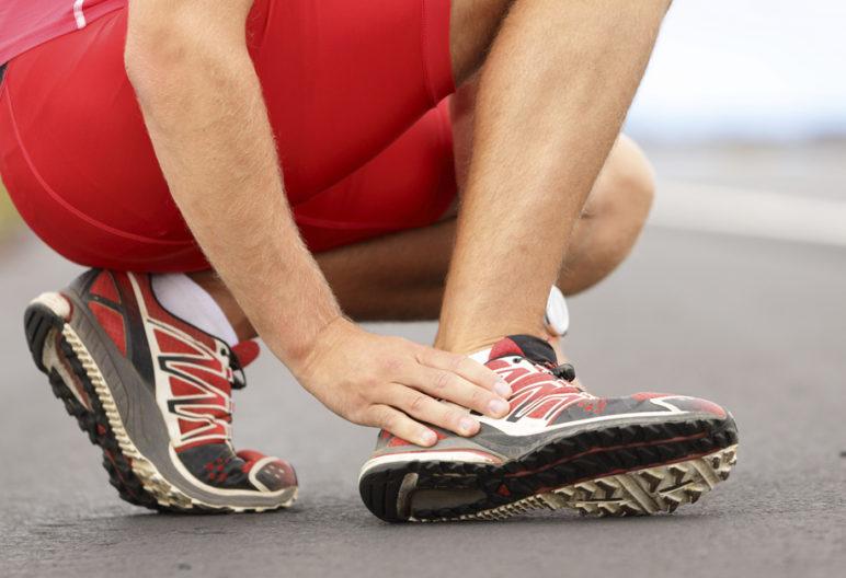 El dolor de pies es muy molesto para los corredores (iStock)