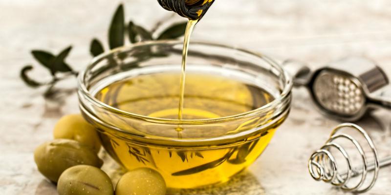 El aceite de oliva moviliza las grasas de las arterias y el corazón (Pixabay)