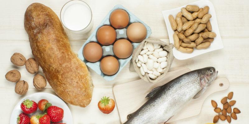 Lácteos, arroces, harinas, huevos, crustáceos, frutas y frutos secos son los que más intolerancias provocan. (iStock)