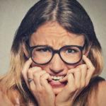 6 trucos para dejar de morderte las uñas que funcionan realmente