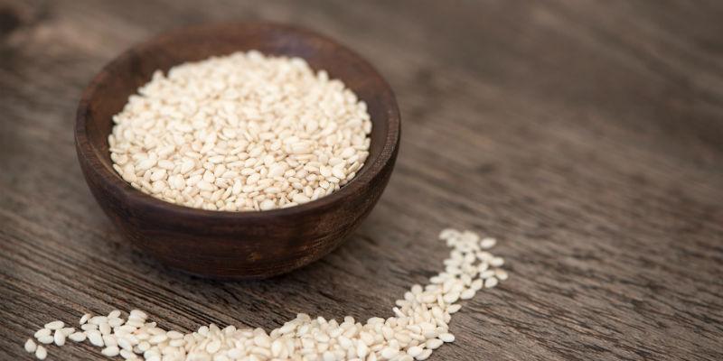 100 gramos de sésamo contienen la cantidad diaria recomendada de calcio (Pixabay)