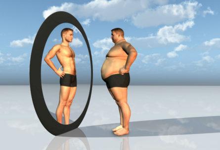 ¿Engordan los mismos alimentos a hombres y mujeres? ¿Afecta el sobrepeso más a los hombres? (iStock)