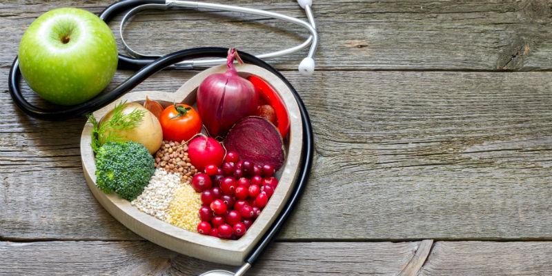 Los ácidos grasos son los encargados del transporte de vitaminas liposolubles, de la formación de las membranas de las neuronas y de los nervios e intervienen en la creación de hormonas. (iStock)