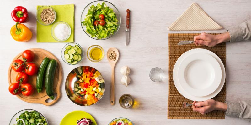 Los veganos reducen de manera importante la ingesta de grasas saturadas y trans tan dañinas para el organismo. (iStock)