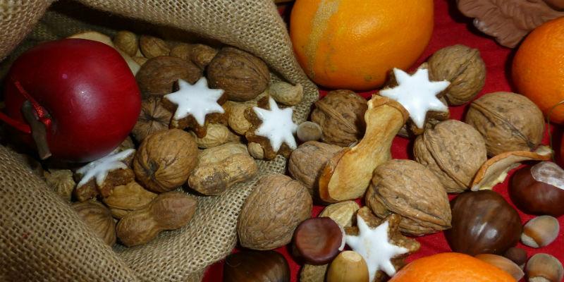 Consumir un puñado de frutos secos siete veces por semana puede reducir la mortalidad en una media del 20%. (Pixabay)