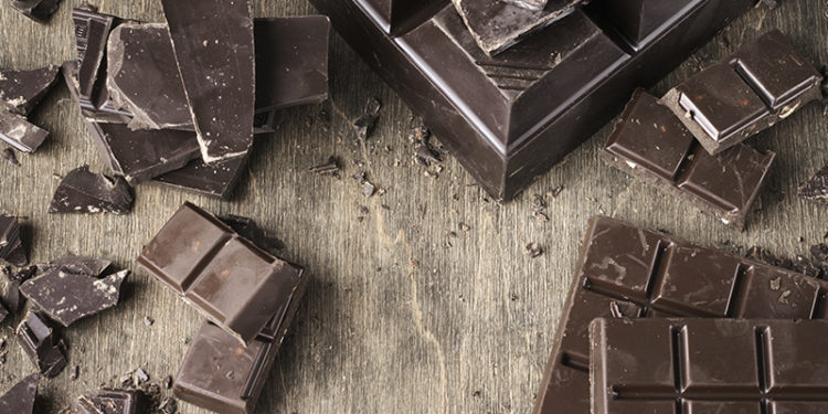 Chocolate amargo (iStock)