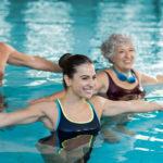 5 ejercicios para ponerte en forma en el agua