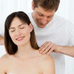 7 masajes picantes para subir la temperatura a tu pareja