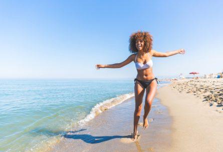 Encontrar una playa más o menos vacía, clave para hacer estas actividades (IStock)
