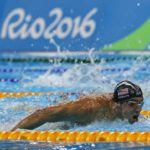Michael Phelps se enfrenta a un tiburón blanco