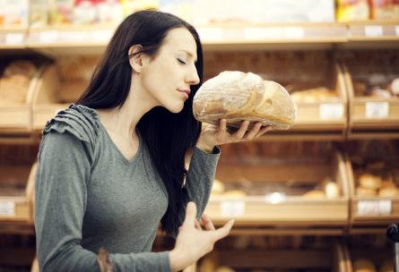 ¿Y si dejar de oler la comida te ayudase a perder peso? (iStock)
