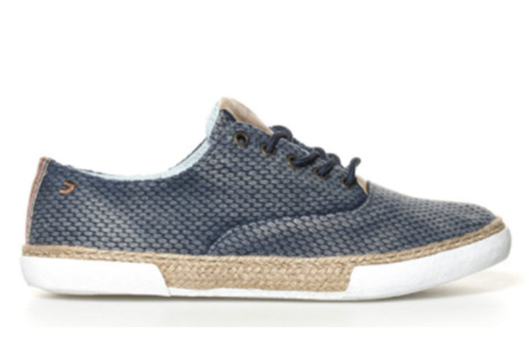 9d99edf79 6 pares de zapatos de hombre que puedes comprar en Aliexpress y que te  encantarán. Estas zapatillas son ideales para acudir a cualquier tipo ...