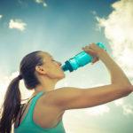 Mitos y verdades de las bebidas isotónicas