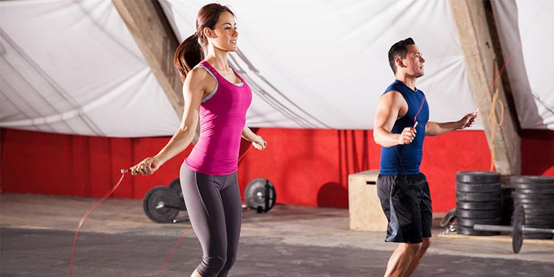 Saltar a la comba activa todos los músculos del cuerpo (iStock)