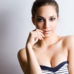 5 consejos para evitar arrugas en tu escote