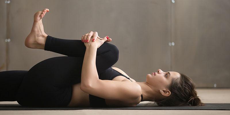 8 ejercicios infalibles para aliviar el dolor de espalda - Salud ... 51a93a739216