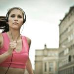 8 listas de reproducción que más te motivarán a la hora de hacer deporte