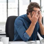6 métodos para disimular un tic nervioso